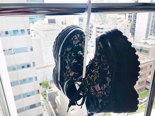 【キャンドゥ】靴がよく乾く《シューズハンガー》がとても便利♪