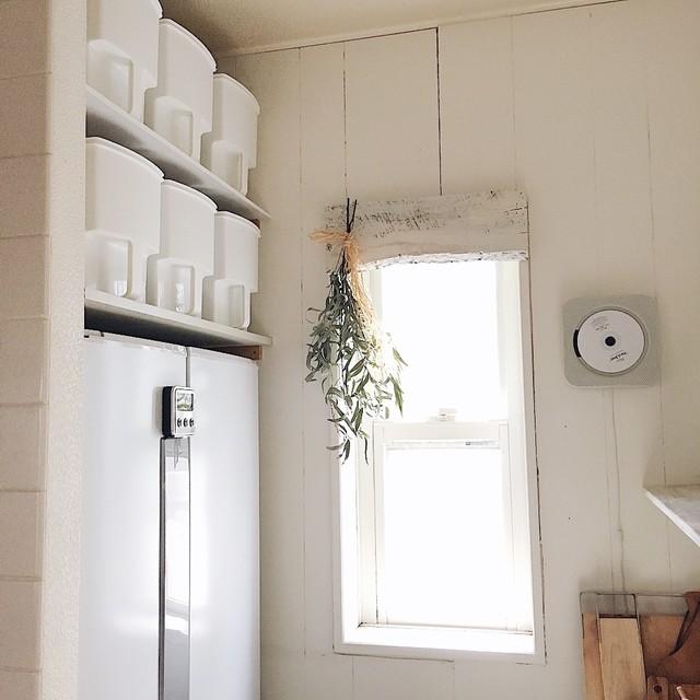 おすすめ冷蔵庫ラック【15選】収納家具で空間を有効活用しよう!