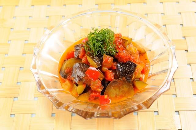 【コクうま常備菜レシピ3選】予約の取れないあの和食店、〔賛否両論〕のシェフが伝授!