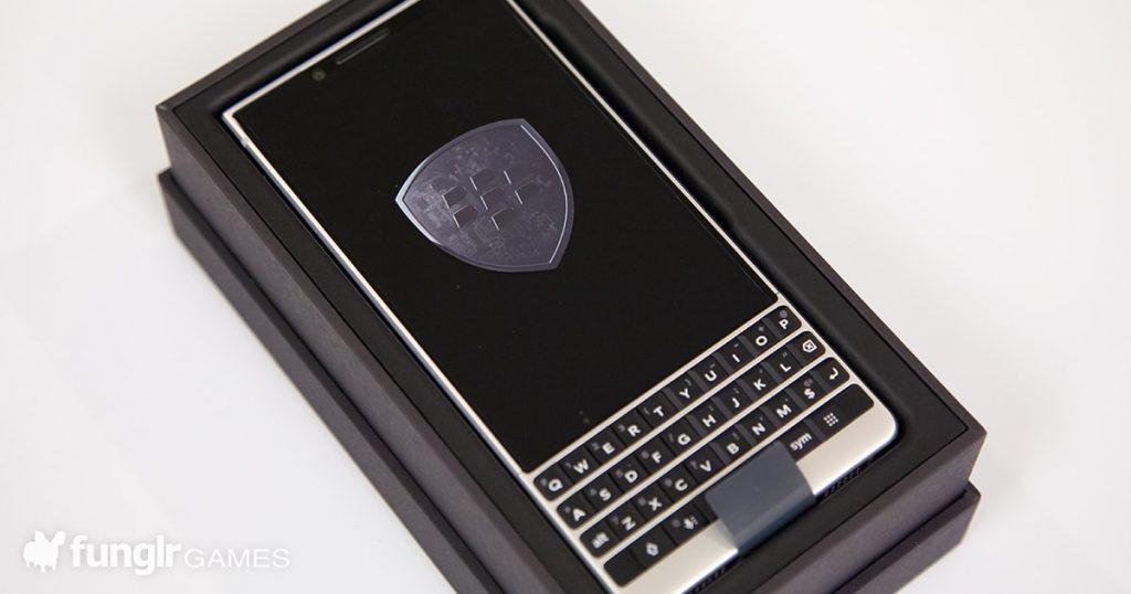 待ちに待った日本発売 BlackBerry KEY2を発売日にゲットしたので恒例の開封式!